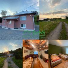Zrekonštruovaná  chata,pozemok 21 855 m2 -