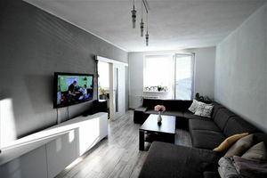 *Remarco* ponúka na predaj priestranný slnečný 3 - izbový byt s balkónom v centre mesta Sereď