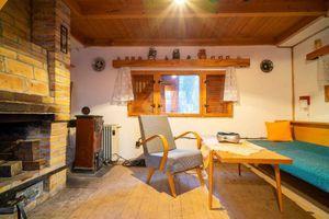 Ponúkame na predaj útulnú chatu v rekreačnej oblasti Bukovec