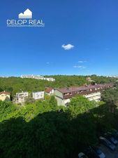 Na predaj 4 izbový byt (štvorizbový), Bratislava - Karlova Ves