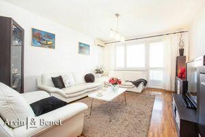 Arvin & Benet | Priestranný 2i byt s loggiou vo výbornej lokalite