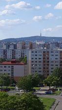Ponúkame Vám na prenájom 1 izbový byt Bratislava-Petržalka,  Strečnianska ulica