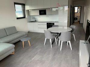Prenájom 3 izbového bytu so státím v novostavbe na Bajkalskej ulici (Tehelné pole)