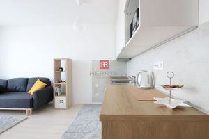 1 izbový byt (jednoizbový), Bratislava - Petržalka