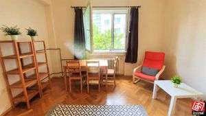 Directreal ponúka 1-izbový byt v úplnom centre mesta pri Hviezdoslavovom námestí