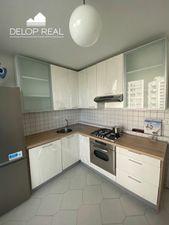 Zrekonštruovaný, čiastočne zariadený 3 izbový byt s dvomi balkónmi v Ružinove