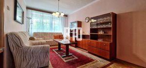 Priestranný 3.i. 88,35m2  byt v tehlovej bytovke v tichej časti Pezinka na skok od OC MÓLO