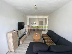 Predaj 2 izbového tehlového bytu s balkónom v Šamoríne, Školská ulica.