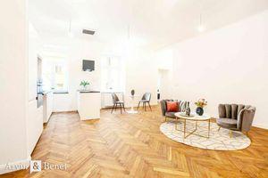 Arvin & Benet | Elegantný, staromestský 3i byt v ikonickej pasáži