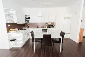 PRENÁJOM, komplente zariadený 2 izbový byt, 54 m2, loggia, Staré Mesto, Wilsonova