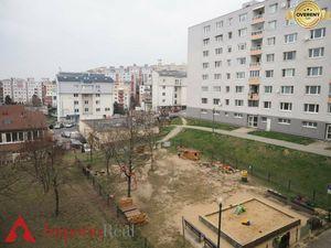 Znížená cena na 3 izbový byt hneď vedľa pešej zóny