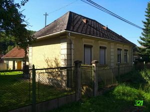 Gazdovský dom s veľkým pozemkom 2961 m2, v Maďarsku, v obci Szőlősardó