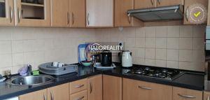 HALO reality - Predaj, trojizbový byt Nové Zámky - EXKLUZÍVNE HALO REALITY