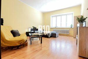 1-izbový byt, až  48,5m2!!! 2min od Hlinkového námestia