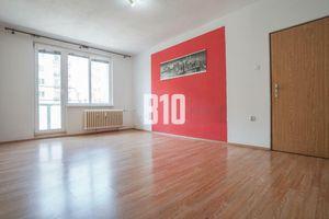 Rezervované - 2 izbový byt v centre mesta, skvelá investícia!