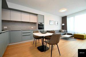 Moderný 2-izbový byt na prenájom v projekte SKY PARK s výhľadom na hrad