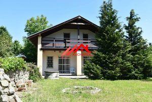 Kuchárek-real: Ponúka rekreačnú chatu v tichom prostredí chatovej oblasti Častá-Gidra