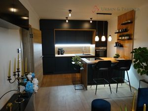 REZERVOVANÉ 2 izbový byt kompletne zariadený na prenájom v ROVINKE.