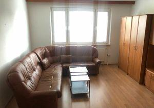 Ponúkame Vám na predaj 3 izbový byt Bratislava-Petržalka,  Kapicova ulica