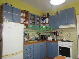 Predáme veľký 2 izbový byt - Zlaté Moravce (1017-112-AFI)