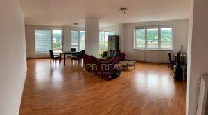 5 a viac izbové byty v Dúbravke