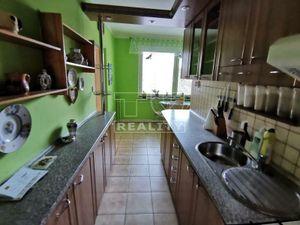 Na predaj 4 izbový byt (štvorizbový), Bytča