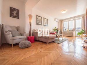 SVETLÝ 2iz byt vo vyhľadávanej lokalite na Sibírskej ul.