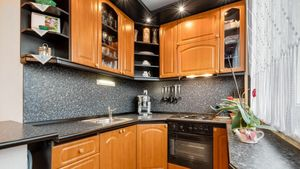 HERRYS - Na predaj čiastočne zrekonštruovaný priestranný 2izbový byt s pivnicou v Dúbravke