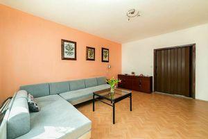 Na predaj 3 izbový byt (trojizbový), Bratislava - Petržalka