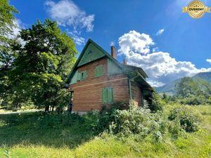 Na predaj pozemok 1660 m2 a horáreň so supisným číslom vo Vrátnej