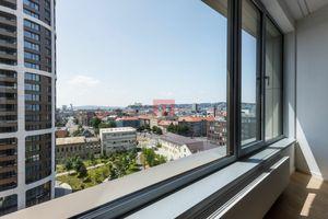 REZERVOVANÝ - na prenájom priestranný 3 izbový byt v projekte SKY PARK s úžasným výhľadom na Bratisl