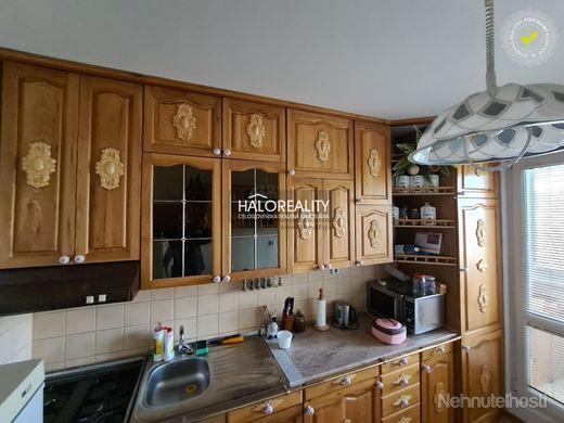 HALO reality - Predaj, trojizbový byt Banská Bystrica, Sásová, na ulici Sitnianska - obrázok
