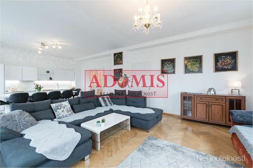 ADOMIS - predám apartmán 118m2,3izby,2x kúpeľňa,vlastná garáž, Hlavná ulica,Košice Staré mesto - obrázok