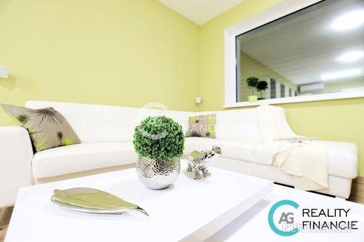 AG REALITY I REZERVOVANÝ  luxusný 3-izbový byt so zimnou záhradou blízko Bratislavy - Dunajská Lužná - obrázok