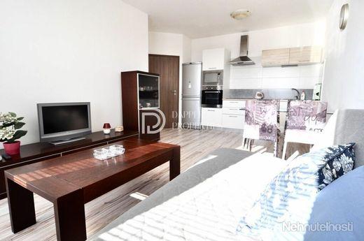 Na prenájom svetlý 2 izbový byt s panoramatickým výhľadom na mesto