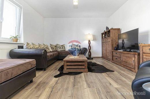 Na predaj - Veľkometrážny 3 izbový byt na Hlbokej s vlastným parkovaním - obrázok