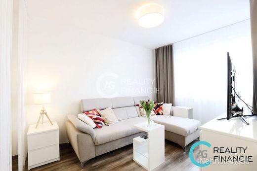 AG REALITY I  REZERVOVANÝ -  jedinečný moderný 1-izbový byt v dizajnovej novostavbe-Podunajské Bisku - obrázok