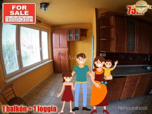 PREDAJ: 3,5 izbový byt, Brezno, Zadné Halny, 1x loggia 1x balkón, 75m² - obrázok