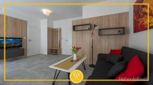 Prenájom krásneho apartmánu v centre mesta Banská Bystrica - obrázok