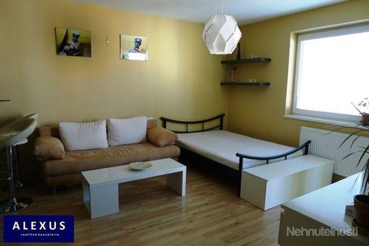 Predaj, priestranná kompletne zariadená garsónka s loggiou, 35 m2, 4./4, NOVOSTAVBA