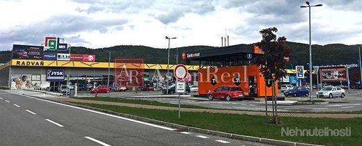 Prenájom: Obchodné centrum RGB Radvaň ( plochy nájmu od 150m2-1400m2 )