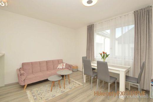 REZERVOVANÉ - EXKLUZÍVNE - Predaj, 3i byt s 5,22 m2 loggiou, 3p/4, skolaudovaná novostavba - obrázok