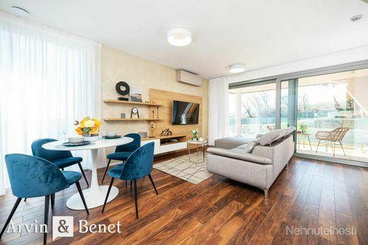 Arvin & Benet | Výnimočný, dizajnový, zariadený a úplne nový byt s terasou a záhradou - obrázok