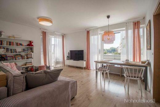4 izbový byt VILADOMY Slnečnice - terasa  60m2, 2x parkovanie