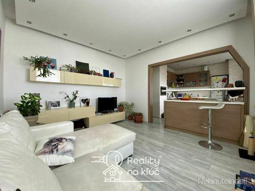 3-izbový byt s loggiou vo vyhľadávanej lokalite JUH v Nových Zámkoch - obrázok