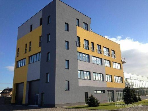 Exkluzívna 5 poschodová budova
