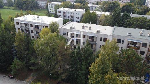 3-izbový neprerobený byt na Ďurčanského ul. Chrenová - obrázok