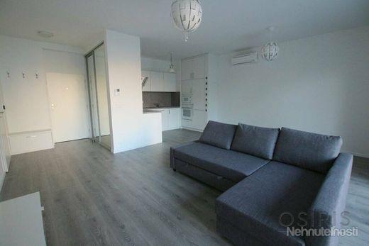 Klimatizovaný, zariadený 2i byt s balkónom 11 m2, novostavba 2017 - obrázok