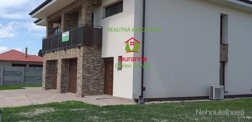 Ďalší rodinný dom energetickej triedy A0,  v novej štvrti Dunajskej Stredy