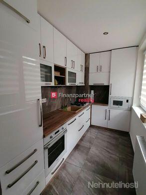 Štýlový, moderne zrekonštruovaný  2- izbový byt - Nová Ves nad Žitavou, Vráble - obrázok